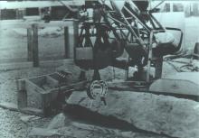 Отработка технологии установки клещевого зажима со взрывчаткой на имитатор трубы с помощью «Мобот-Ч-ХВ-2»