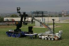 Совместная работа роботов МЧС – МРК-27 (Россия) и MF (Германия)